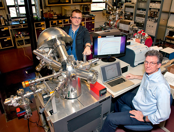 Aerospace Engineer Working Conditions : Surface science pppl facilities